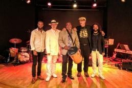 Samba Choro Bossa Jazz - Zaza Desiderio, Célio Mattos, Edmundo Carneiro, Cacau de Queiroz et Ewerton Oliveira