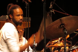 Samba Choro Bossa Jazz - Zaza Desiderio